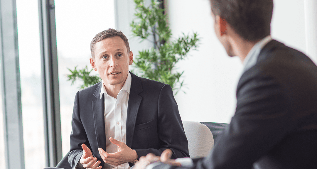 Managementkonsultens tips i tuffa tider: Ta ett steg tillbaka